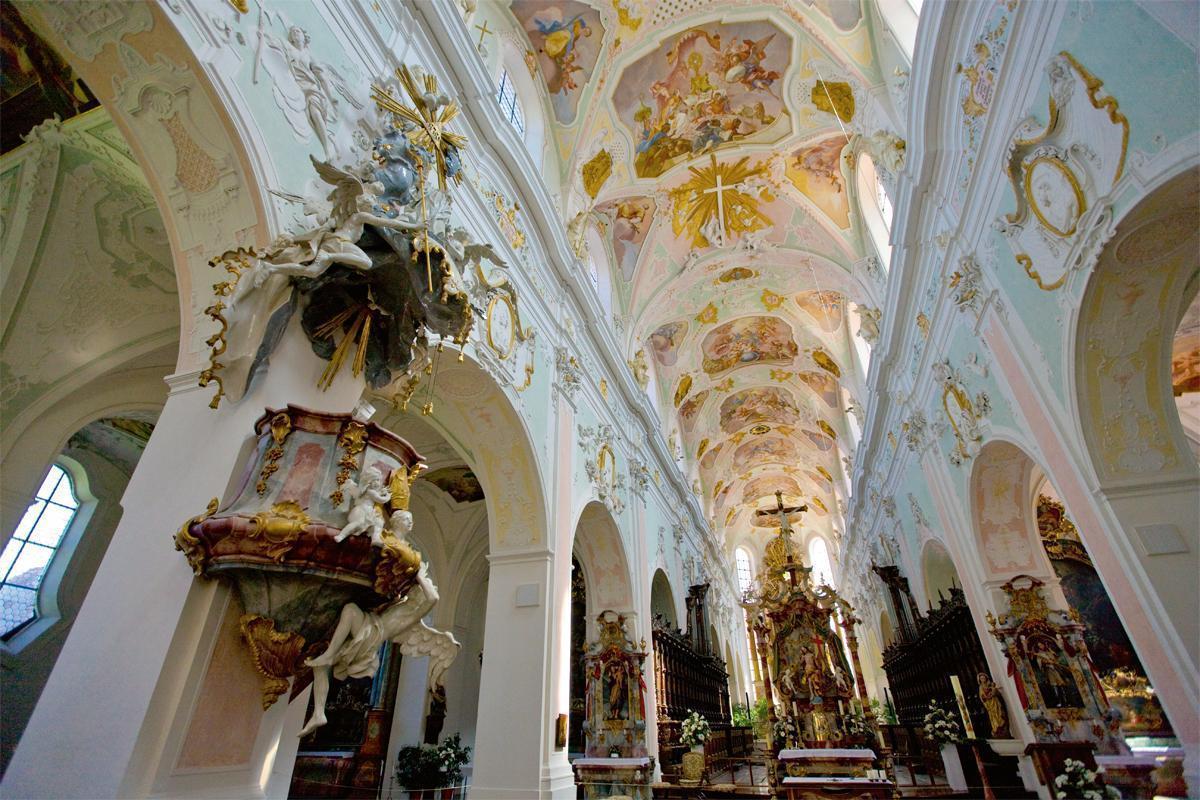 Mittelschiff der Klosterkirche von Kloster Ochsenhausen; Foto: Staatliche Schlösser und Gärten Baden-Württemberg, Achim Mende
