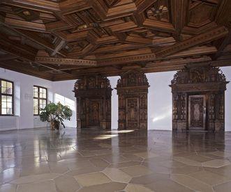 Audienzsaal mit Renaissance-Portalen in der Prälatur von Kloster Ochsenhausen