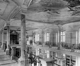 Nordflügel der Bibliothek von Kloster Ochsenhausen auf einem Foto aus dem Jahr 1928