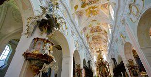 Mittelschiff der Klosterkirche von Kloster Ochsenhausen