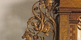 Detail des Renaissance-Portals im Audienzsaal der Prälatur im Kloster Ochsenhausen