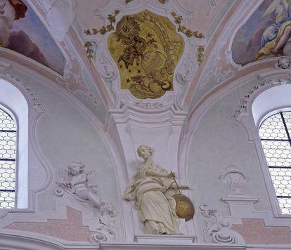 St. Georg als Gesimsfigur an der Nordwand der Klosterkirche Ochsenhausen