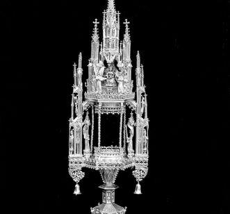 Monstranz als Teil des Kirchenschatzes, ausgestellt im Klostermuseum von Kloster Ochsenhausen; Foto: Landesmedienzentrum Baden-Württemberg, Robert Bothner
